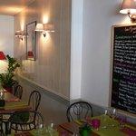 """Salle de restaurant et petit-déjeuners """"Les Alizés"""" à Groix"""