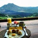 breakfast at danu lounge