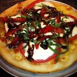 Fresca Specialty Pizza