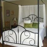 Romantic Suite with 3 pc  ensuite