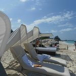 cushioned beach chairs
