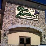 Olive Garden Entrance