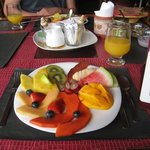 The best breakfast with fresh orange juice :)