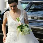 A stunning and beautiful bride leaving the Caldwell House