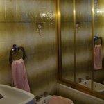 Baño de la habitación de matrimonio