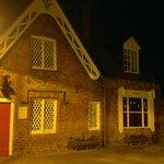ภาพถ่ายของ Thistle Cottage Tea Rooms