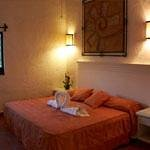 Master Suite cama king y jacuzzi