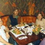 cenando con mis primas queridas de san Diego, California