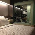 狭いですが整理整頓良くいいホテルですね