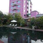Glaring neighbor hotel 'Lotus hotel'