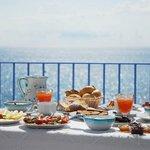colazione nella  terrazza ristorante