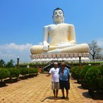Visiting Buddha on Dens Birthday with Si-Si our tuk-tuk driver