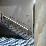 la scalinata di accesso