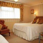 Family room - Ground Floor - 1 Double + 1 Single Beds - Bath & Shower