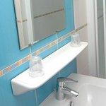 Salle de bains chambre 207