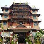Hotel en forme de pagode