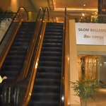 the escalator outside the hotel