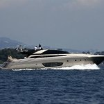 Luxury day/week charter on motor yacht