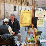 Cidade dos artistas de rua.