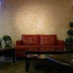 MI Bistro Sofa Lounge area