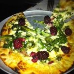 pizza with pickled blackberries and rapini