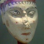 Testa colorata molto antica e rara