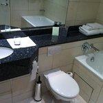 lovely bathroom layout