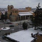 La basílica de San Vicente cerca del hotel y de la oficina de turismo