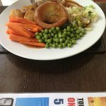Sunday lunch at The Boathouse