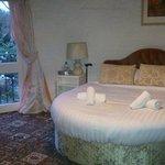 Roundel Room 4