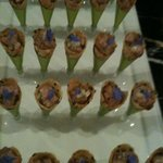 5 spiced duck salad in cones