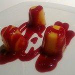 Tocinillos de cielo con salsa de frambuesa