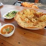 Sailom Bangpoo Restaurant
