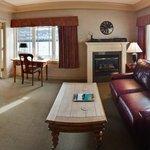 Island Suite Living Room