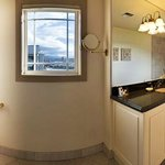 Bellwether Suite Bathroom