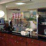 Photo de Best Western Plus Belle Meade Inn & Suites