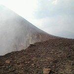 cima del volcán telica