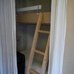 bunkbeds if needed (with wardrobe)