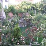 giardino nel periodo di maggio