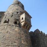 Daulatabad Fort: detail of turret