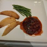 Fillet of Beef with Fondant Wedges, Green Beans and Tomato Jam