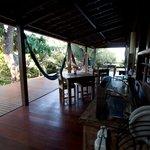 Pousada Naiepe - Café da manhã sevido na varanda