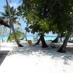 spiaggetta antistante