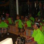 spettacoli etnici e balletti balinesi