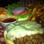 """HOT SPICY """"Dynomite Burger"""" $14 Mmmmm"""