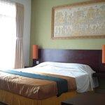エコノミールームのベッド