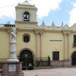 Iglesia la merced en la plaza la merced