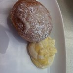 Italian donut with mascarpone lemon cream..... yummy!