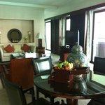 Room (Suite)