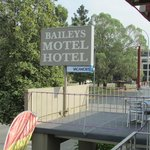 The Bailey's Motel Hotel Signage
